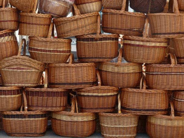 baskets-116760_1920-pixabay-CC0-pubdom