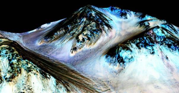 Mars Saline Flows 15-195_perspective_2