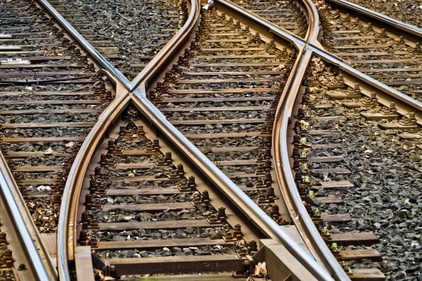 rail-tracks-seemed-3309912-pixabay-cc0-pubdom
